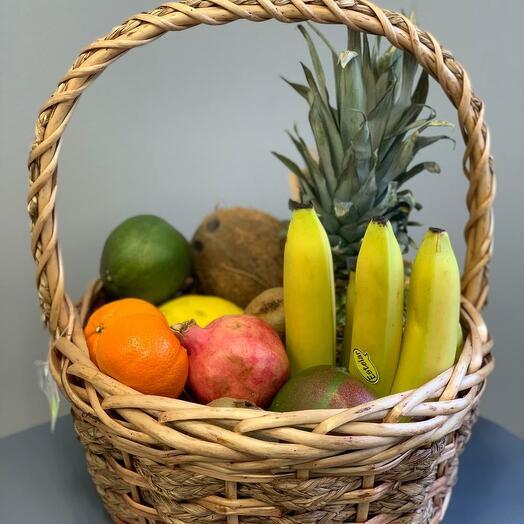"""Корзина фруктов """"Витаминный подарок"""""""