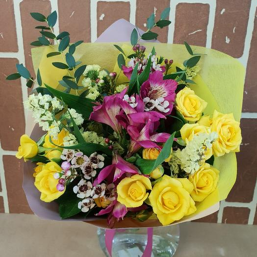 Букет по-весеннему)): букеты цветов на заказ Flowwow