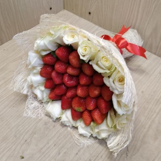 Deluxe: букеты цветов на заказ Flowwow