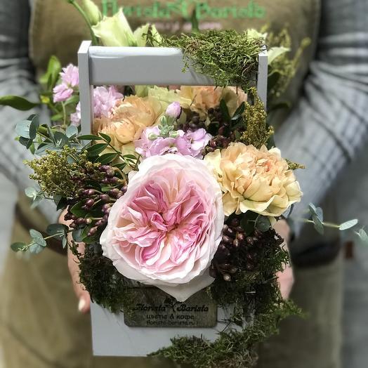 Ящичек с розой и Диантусом: букеты цветов на заказ Flowwow