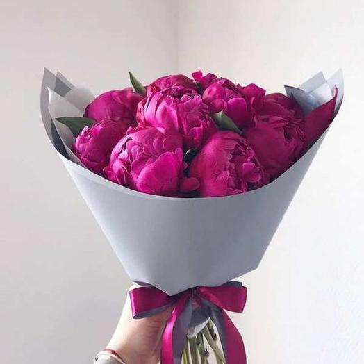 9 Малиновых Пионов: букеты цветов на заказ Flowwow