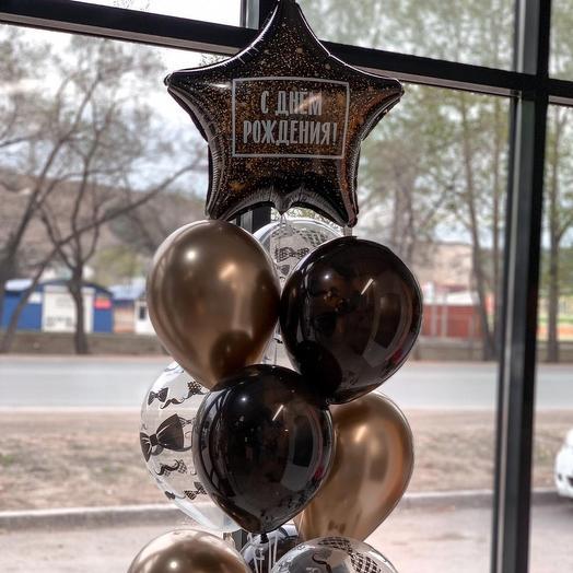 Фонтан из 10 воздушных шаров