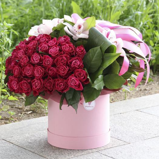 Вишневое вдохновение: букеты цветов на заказ Flowwow
