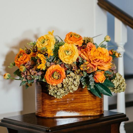 Композиция интерьерная из искусственных цветов