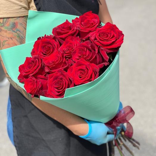 11 роз в Упаковке
