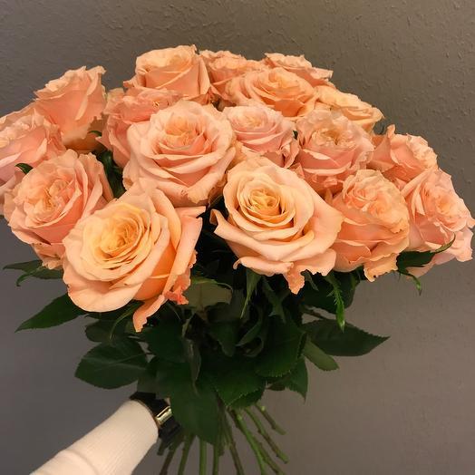 Пионовидные роза