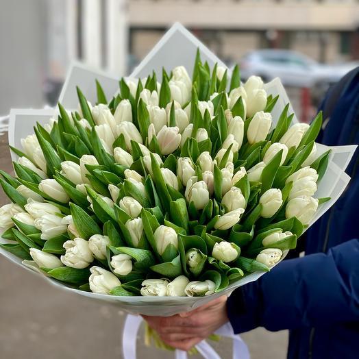 Прекрасный букет из 101 Тюльпана