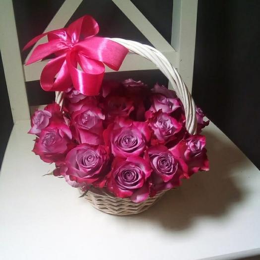 15 роз Дип Перпл в корзинке, Эквадор премиуим
