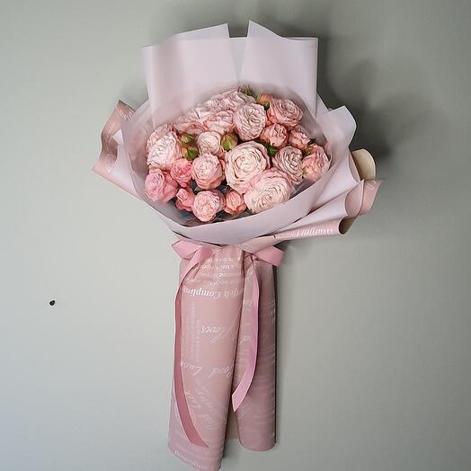 """Моно букет из пионовидных роз """"Belle"""""""