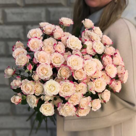Монобукет из кустовой розы Рефлекс