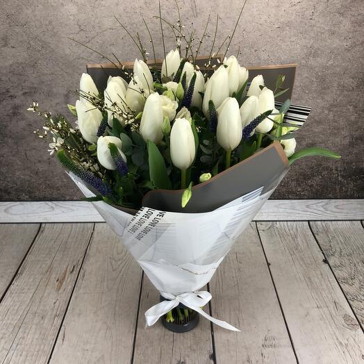 Букет из белых тюльпанов « Анжелика «