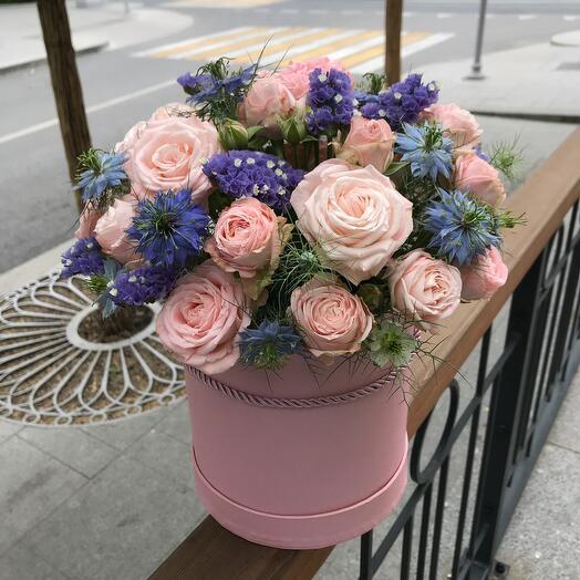 Цветы в коробке Нежность лета