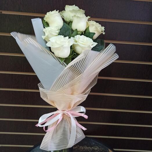 Букет из белых роз N 31