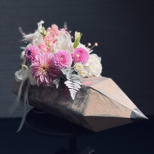 Карандаш розовый
