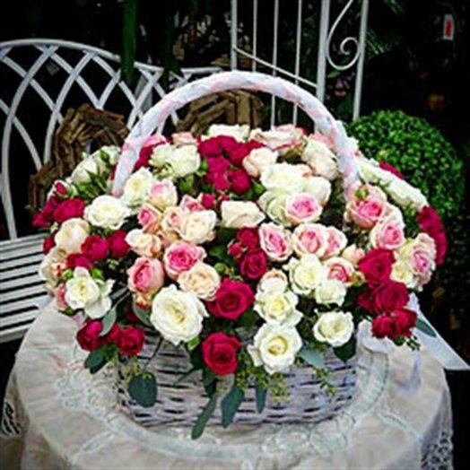 """Корзина """"Люблю тебя"""": букеты цветов на заказ Flowwow"""