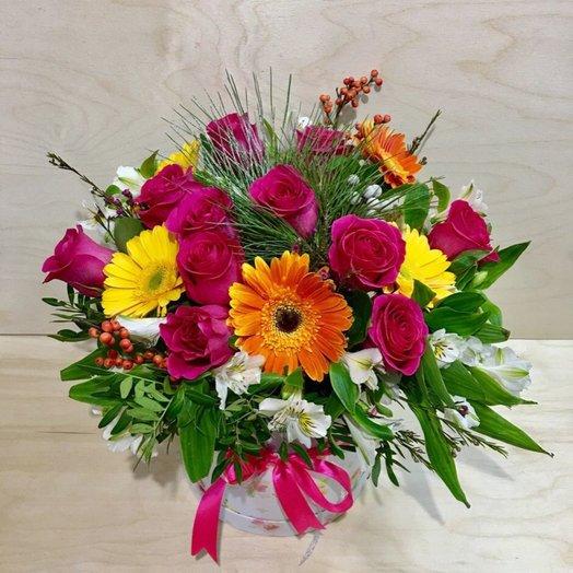 Букет в коробке Мозаика: букеты цветов на заказ Flowwow