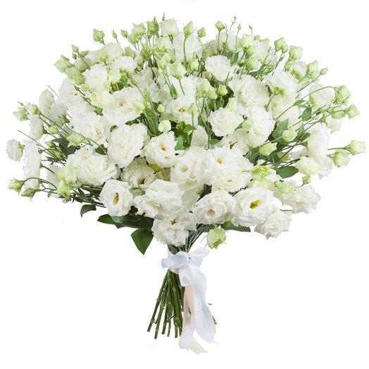 Букет из эустомы Снежная лавина: букеты цветов на заказ Flowwow