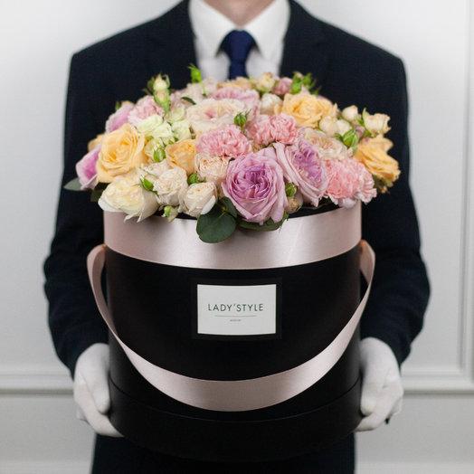 Букет Peach в шляпной коробке XL: букеты цветов на заказ Flowwow