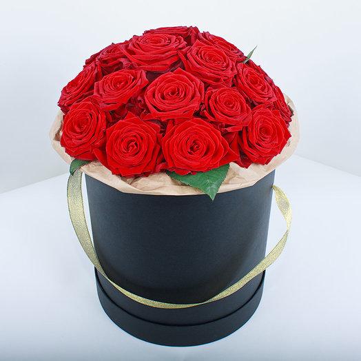 Красный розы: букеты цветов на заказ Flowwow