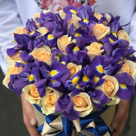 Коробки с цветами. Розы. Ирисы. N45