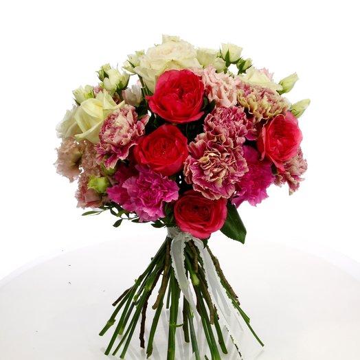 Букет из пионовидной розы и лизиантуса: букеты цветов на заказ Flowwow