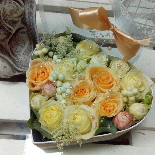 Кремовое сердце: букеты цветов на заказ Flowwow