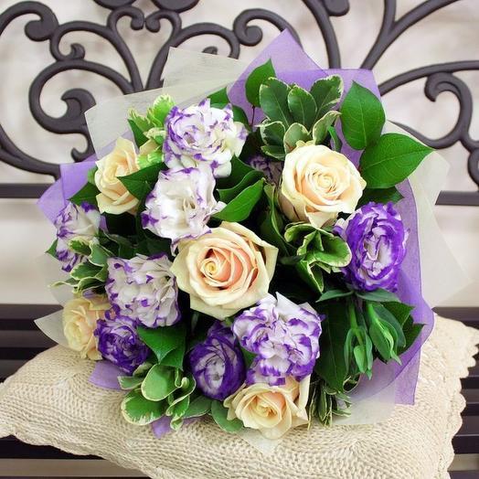 5 роза с эустомой: букеты цветов на заказ Flowwow