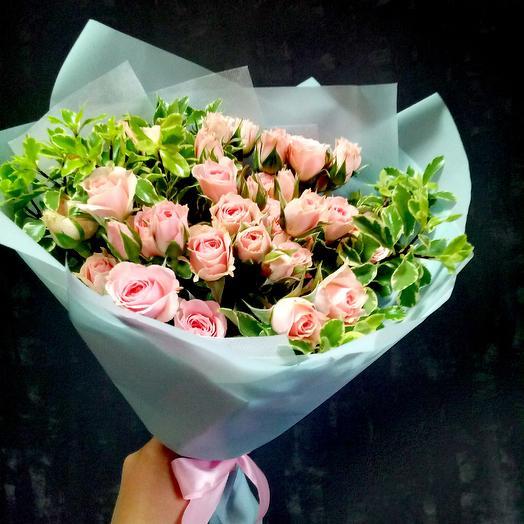 9 кустовых розочек: букеты цветов на заказ Flowwow