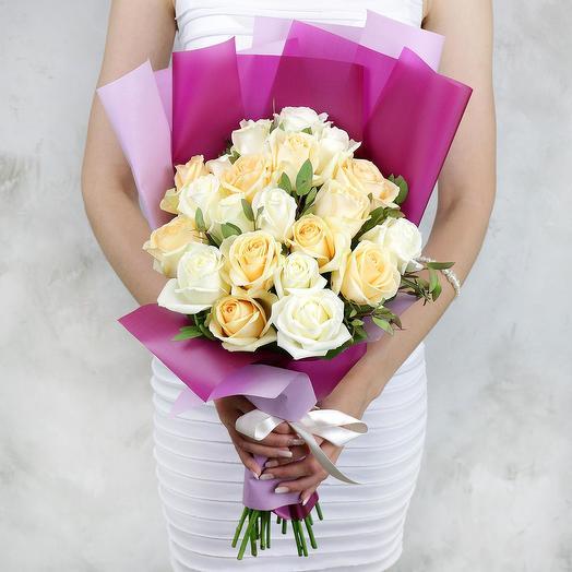 Букет из 21 светлых роз: букеты цветов на заказ Flowwow