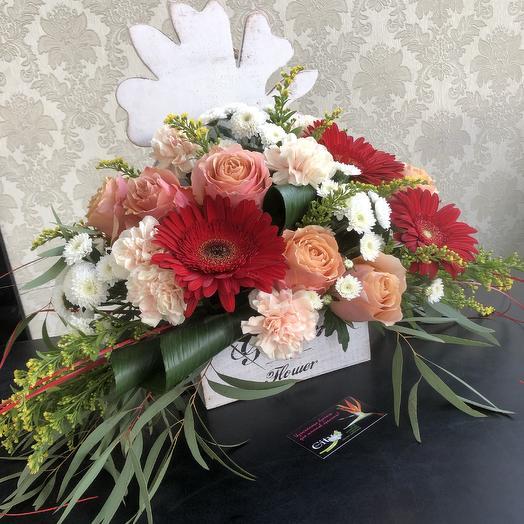 Цветочный презент: букеты цветов на заказ Flowwow