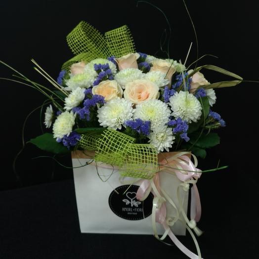 Легкий флирт на берегу: букеты цветов на заказ Flowwow