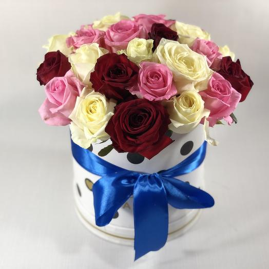 Коробочка с розами микс: букеты цветов на заказ Flowwow