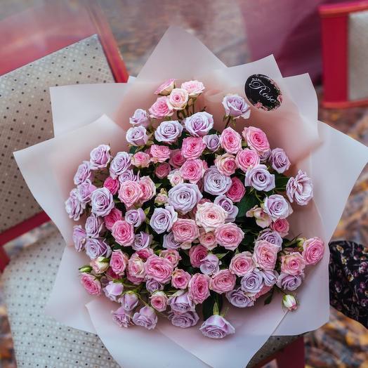 Букет из роз Сильвер Шедоу и Крем Твистер