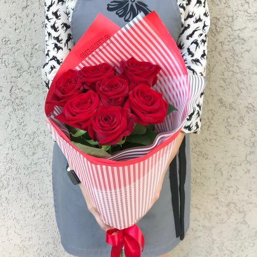 Букет 7 красных роз