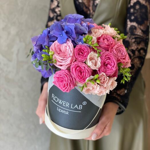 Цветы в коробке Сочный микс