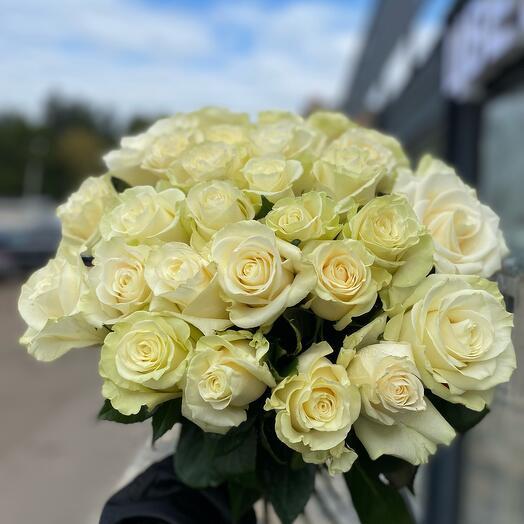 Букет стойких роз