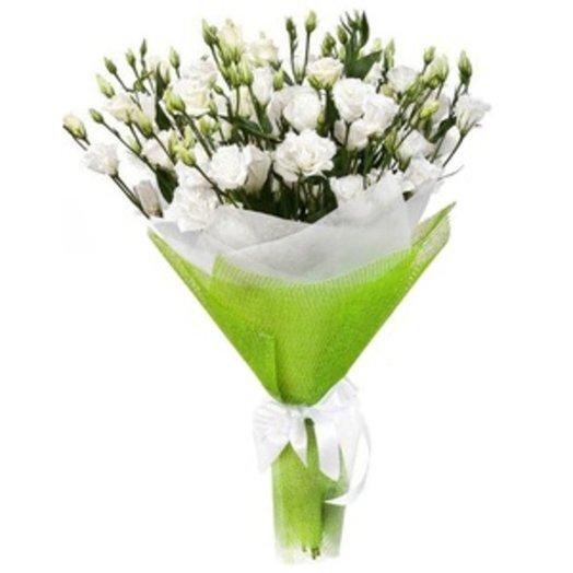 Белые лизиантусы: букеты цветов на заказ Flowwow