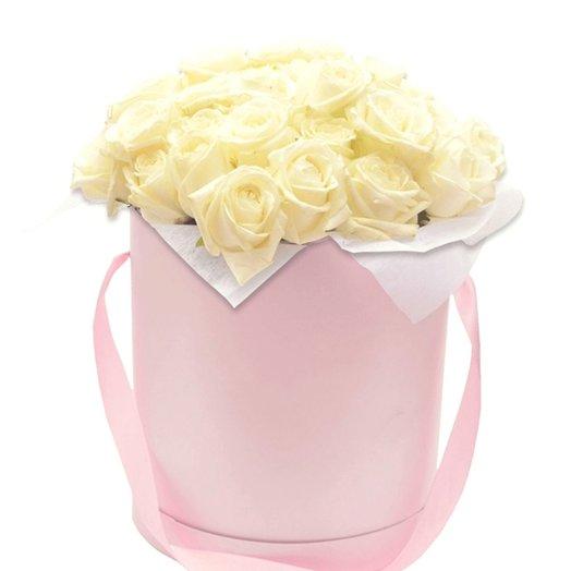 25 Роз в шляпной коробке Нежная соната: букеты цветов на заказ Flowwow