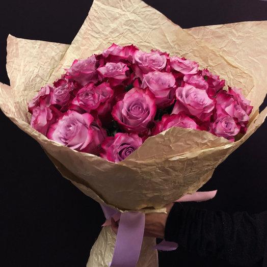 Букет из 25 фиолетовых роз Ди перпл: букеты цветов на заказ Flowwow