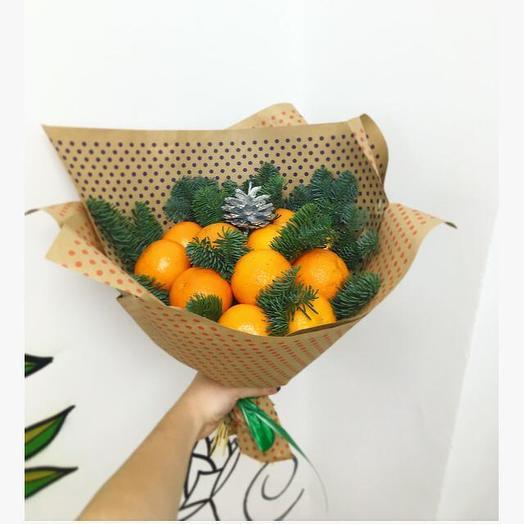 Букет из мандарин: букеты цветов на заказ Flowwow