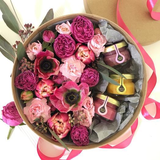 Эмануэль: букеты цветов на заказ Flowwow