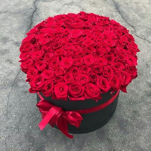 Мега корзина из роз: букеты цветов на заказ Flowwow