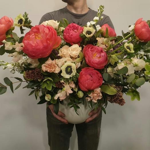 """Композиция в керамическом кашпо """"Андре ван Дук"""": букеты цветов на заказ Flowwow"""