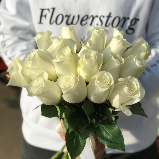 Розы. Букет из 19 кенийских роз. N546: букеты цветов на заказ Flowwow