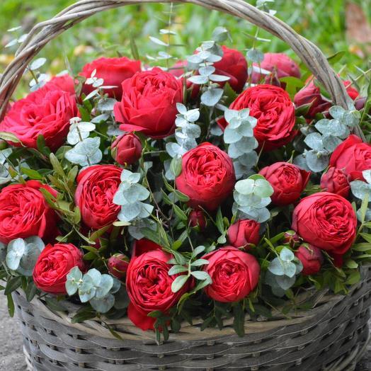 """Корзина с цветами """"Багровый закат"""": букеты цветов на заказ Flowwow"""