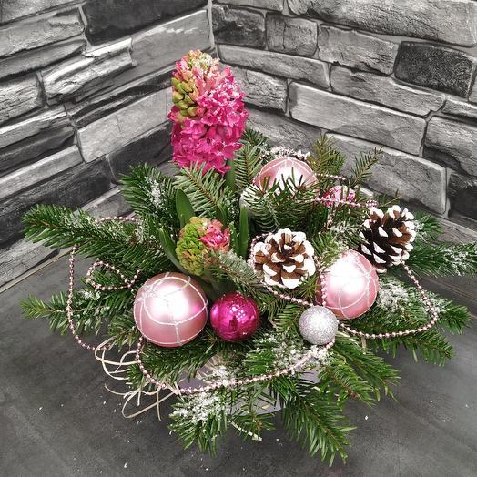 """Зимняя композиция с гиацинтом """"С Рождеством"""": букеты цветов на заказ Flowwow"""