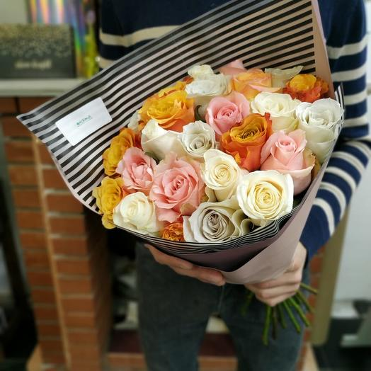 Букет из 25 роз 50 см: букеты цветов на заказ Flowwow