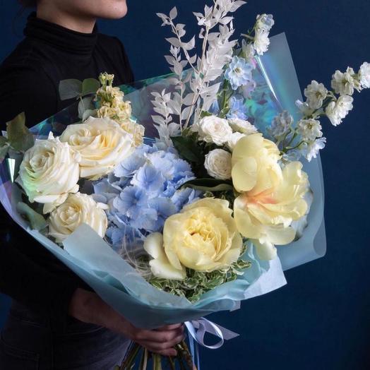 Букет цветов,,Северное сияние '