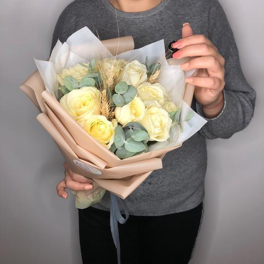Lady Flowers - 11 роз с эвкалиптом и колосками