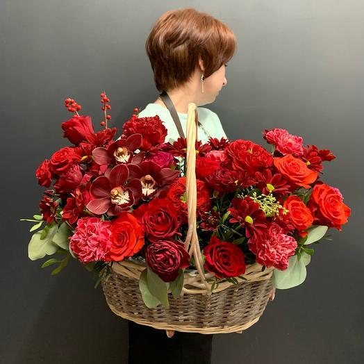 Корзина с цветами 1